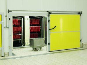 cua-panel-cach-nhiet-kieu-truot-tay
